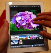 ipad_3_hands18_gallery_post
